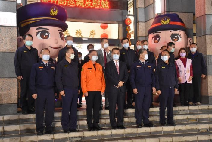 部長徐國勇專案工作首日與臺北市政府警察局警、民力合影