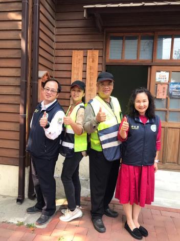 趙春梅投入公益成立關懷之家並參加社區巡守隊