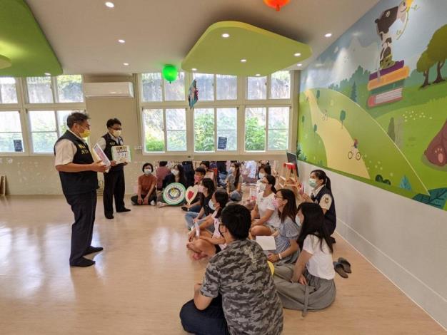 移民署臺中市第一服務站宣導廚餘不回收 全民攜手防堵非洲豬瘟2