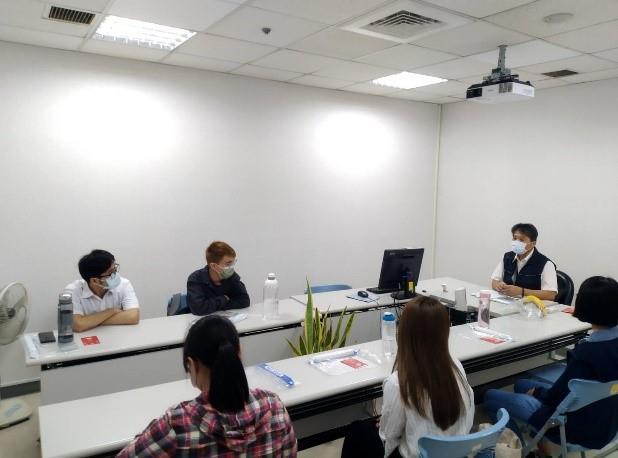 移民署國境事務大隊蔡專門委員與學員們實習職前座談