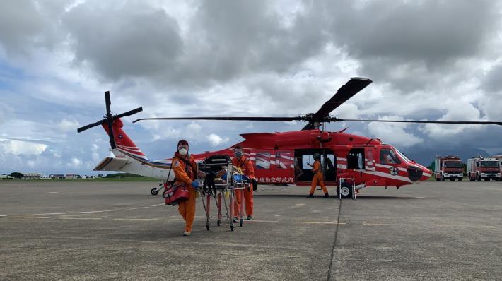 衛服部蘭嶼緊急醫療空中轉診任務