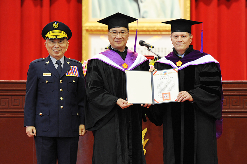 Minister of the Interior Personally Came to Central Police University to Award the Honorary Doctorate Degree to Mr. Louis M. Dekmar, former President of the IACP