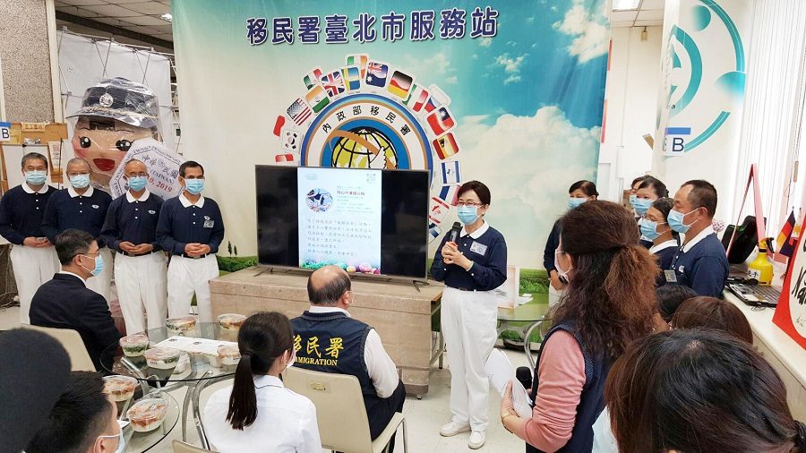 5.慈濟志工代表楊茹云師姊表示大家一起透過吃素救地球。