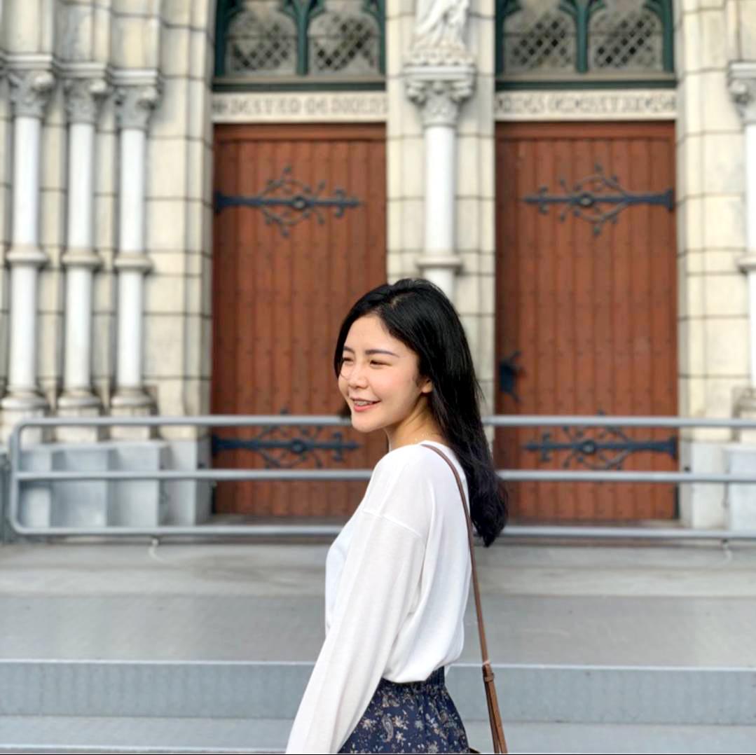 1.孫芳怡精通印尼語、中文、台語以及英文,讓孫芳怡的多元文化經歷比一般人豐富。