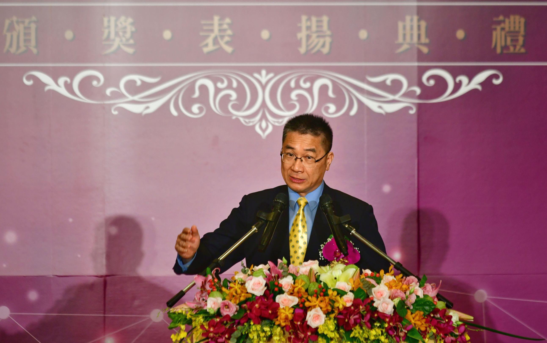 內政部長徐國勇也讚許完善的戶籍資料,在這次疫情期間發揮關鍵功能。