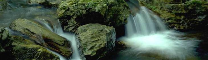 太魯閣族の人たちは昔国立公園内を流れる川を「大きな水」と呼んでいました。