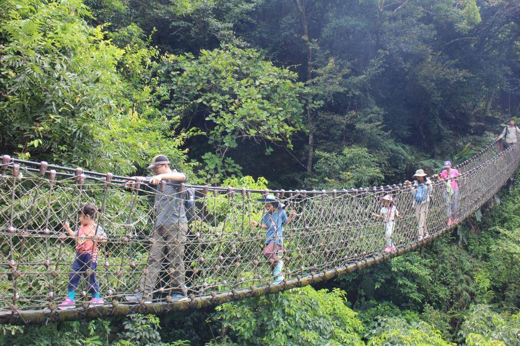 小錐麓繩索吊橋體驗(.jpg)