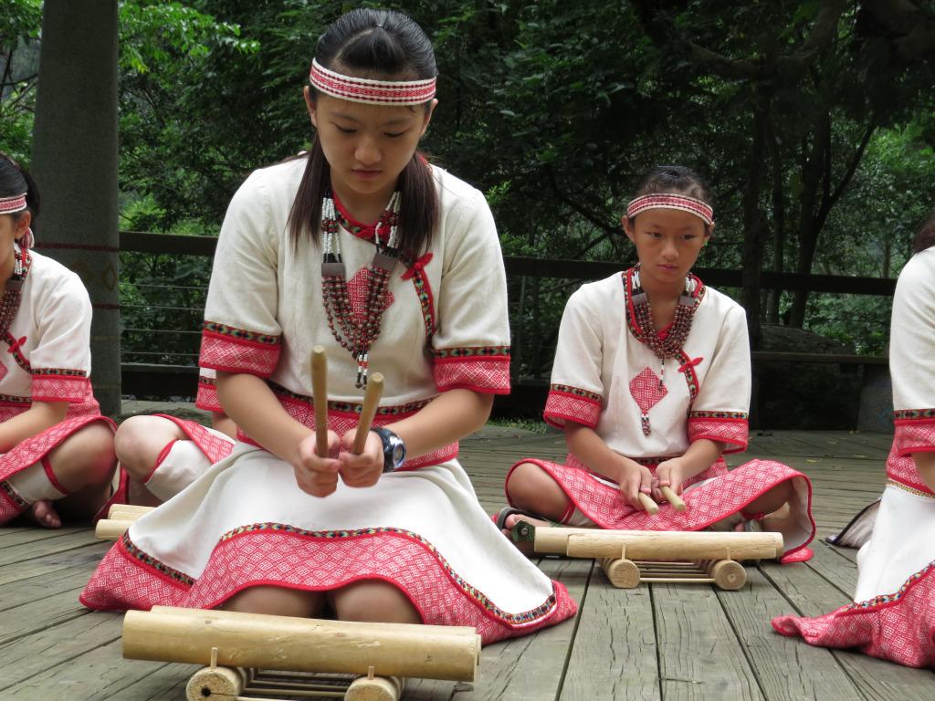 部落音樂會-木琴演奏(.jpg)