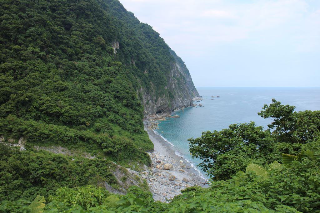 匯德步道(景觀道路)-眺望清水斷崖(.jpg)