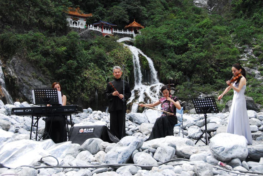 太魯閣峽谷音樂節(102年10月5日)(.jpg)