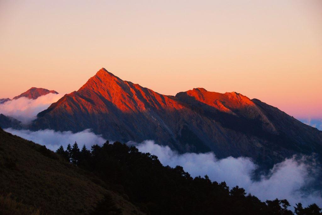 北二段全段美麗山景(.jpg)
