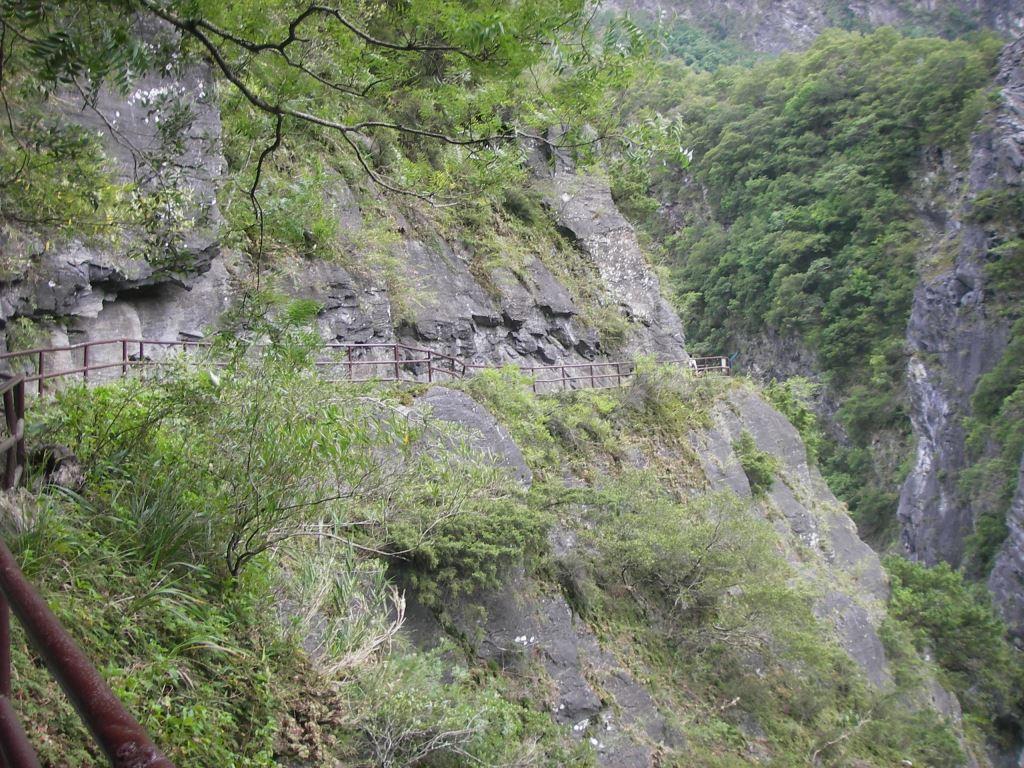 綠水步道斷崖(.jpg)