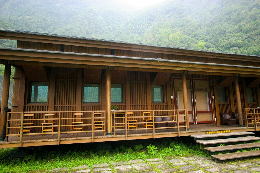 Taroko Village Hotel Group Lodging Area (.jpg)