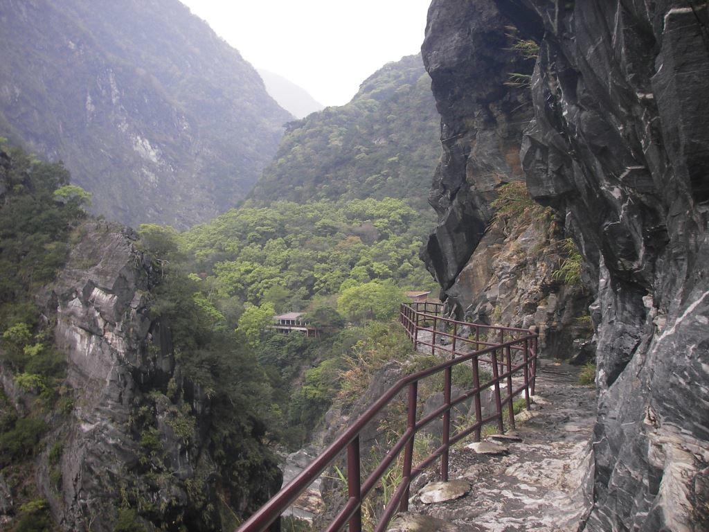 Lushui Trail (.jpg)