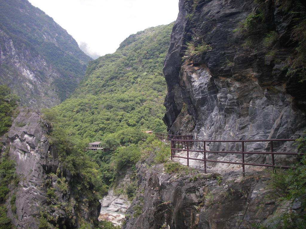 A View at Lushui Trail (.jpg)