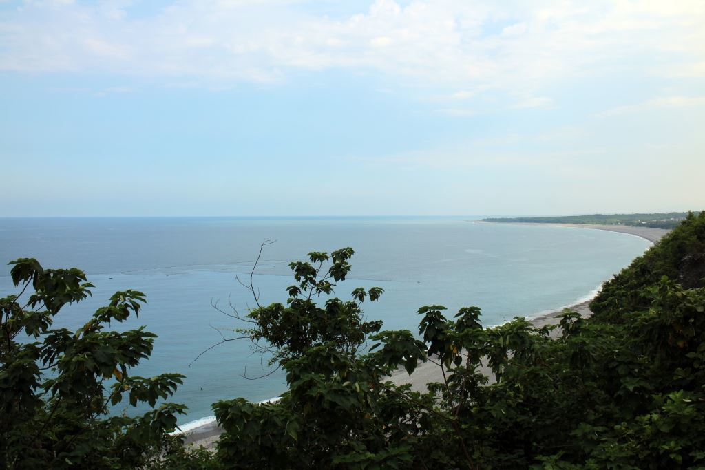 The Chongde Trail overlooks the Chongde Delta