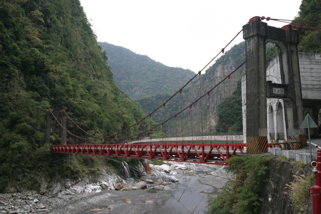 鋼製吊橋-寧安橋(.jpg)
