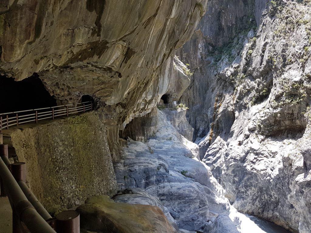 Marble Gorge- Tunnel of Nine Turns (.jpg)