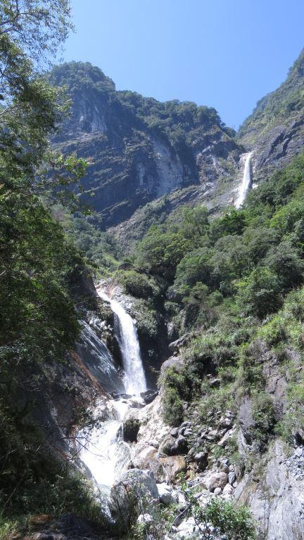 Deep valley(.jpg)