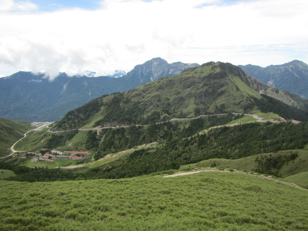 A view of Mt. Hehuan Main Peak Trail