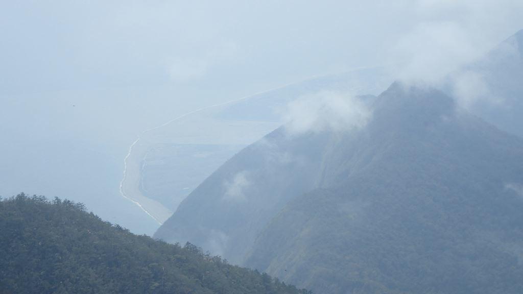 Qingshui Mountain overlooks the sea view of Qixingtan