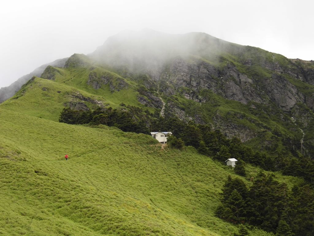 Qilai Mountain-the gentle slope of the grassland to the east