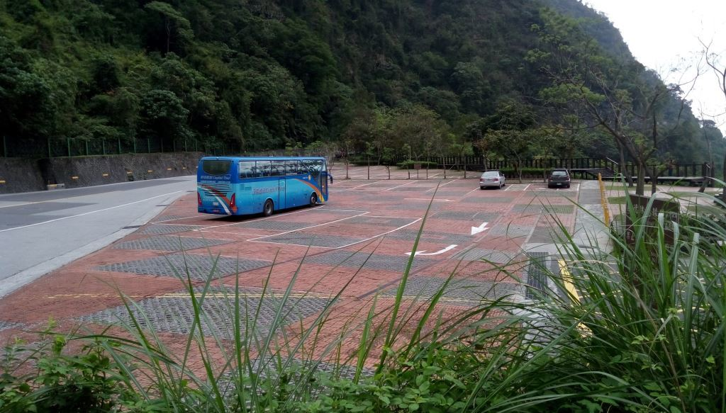 Huide Trail Entrance Parking Lot(.jpg)