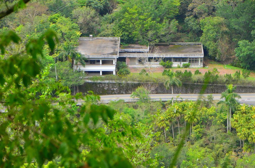 Wenshan Hotel seen from Lushui Wenshan Trail(.jpg)