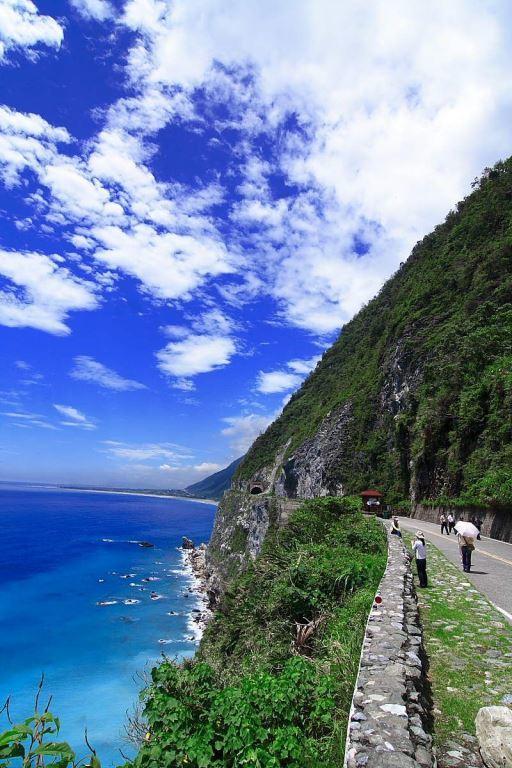 A view of Qingshui Cliff(.jpg)