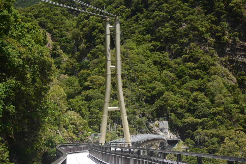 山月吊橋(.jpg)