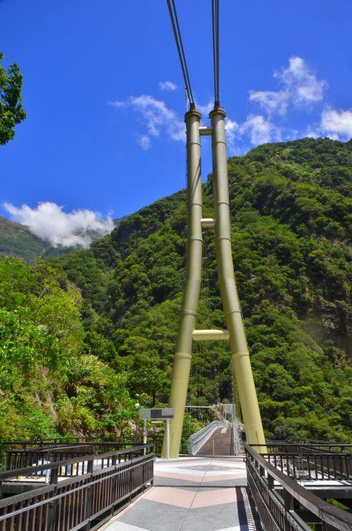 山月吊橋全景(.jpg)