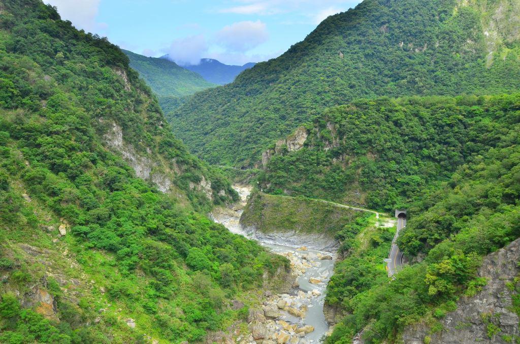 山月吊橋俯瞰立霧溪谷(.jpg)