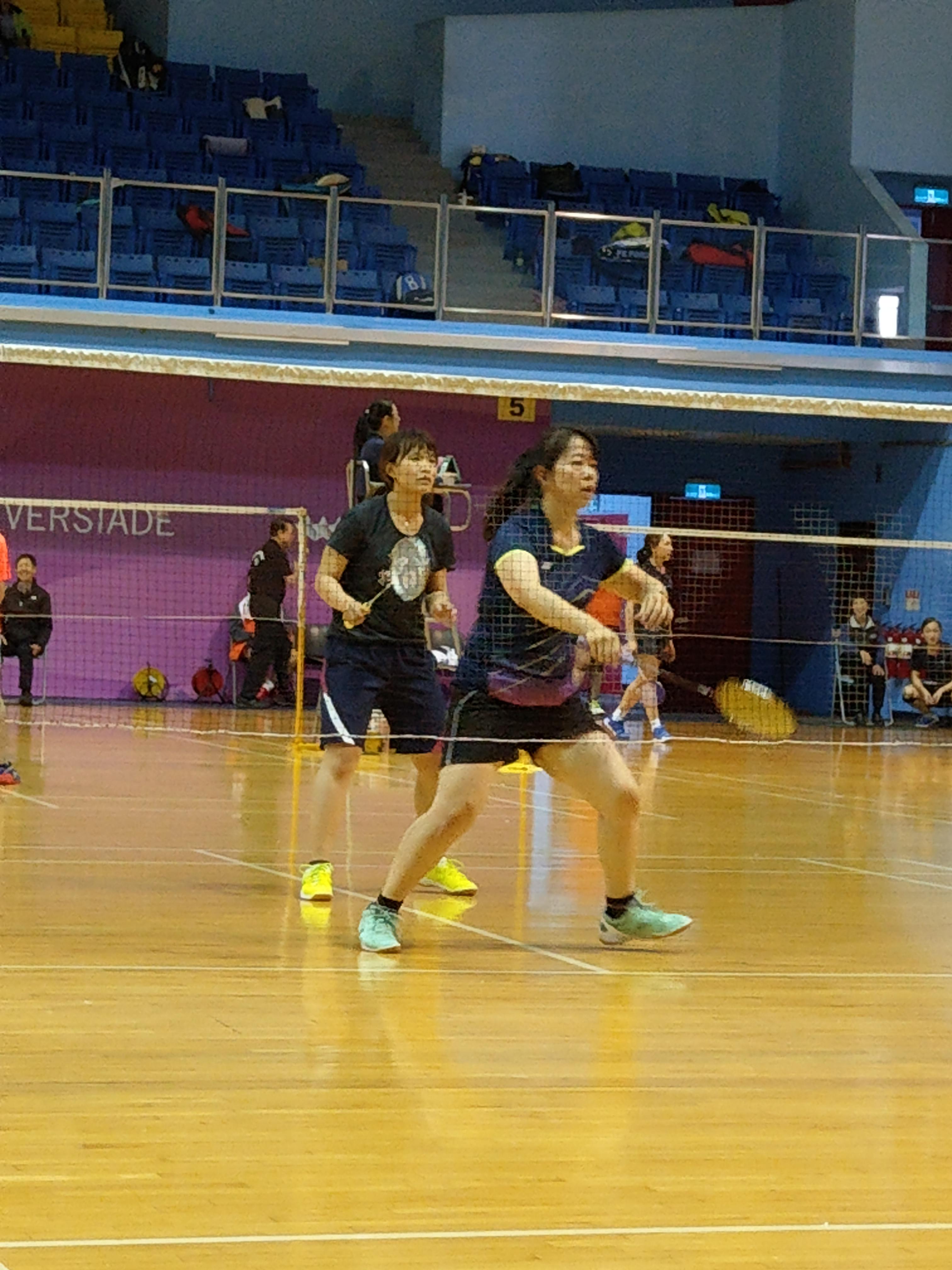 羽球女子組本中心湯美華、簡秀羽比賽情形